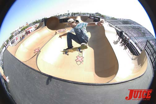 Bruno Passos smooth frontside ollie on the super wall