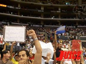 Crowd. Photo: Dan Levy