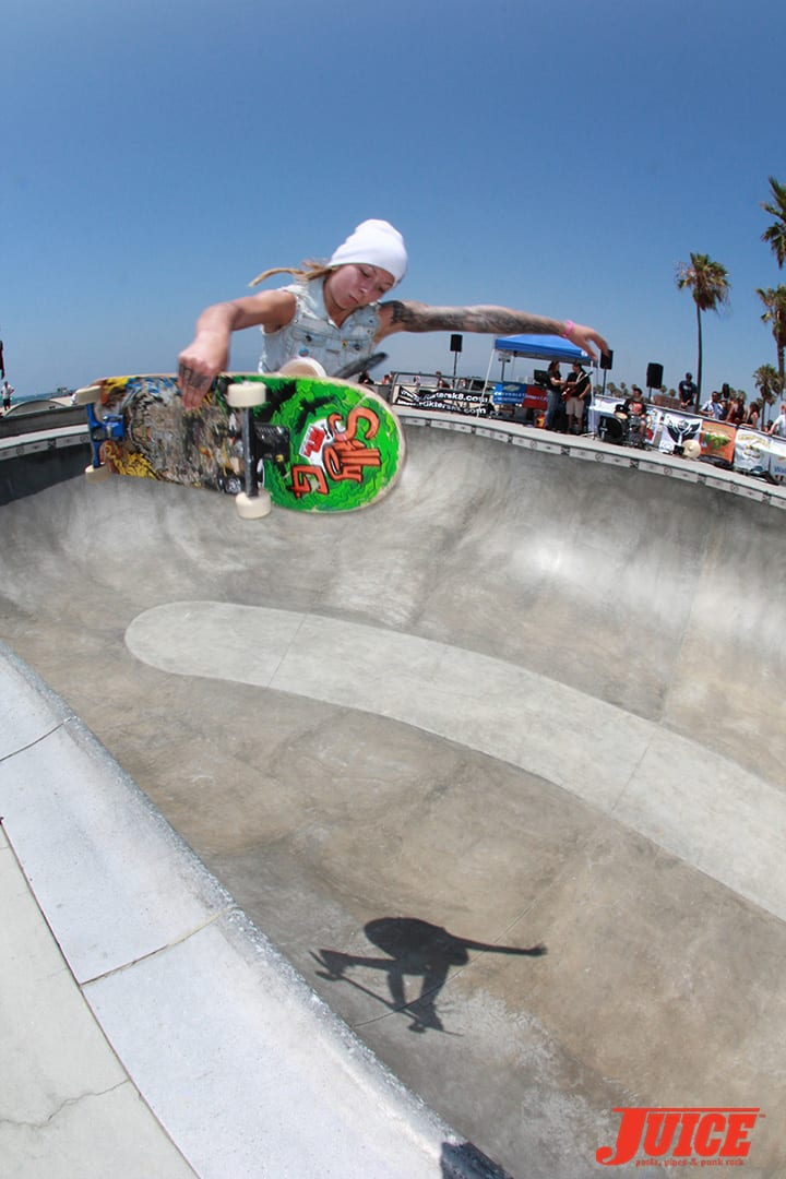 JULZ LYNN AT THE ALL GIRL SKATE JAM VENICE 2014. PHOTO BY DAN LEVY