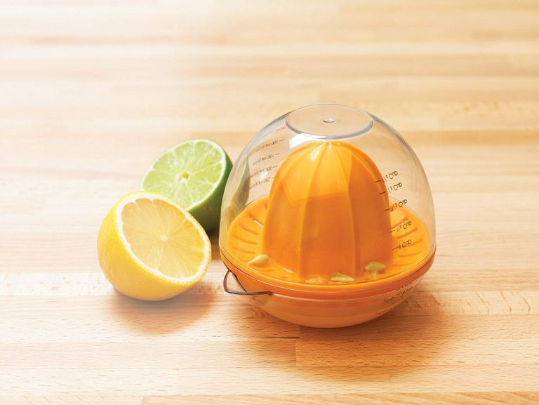How To Pick The Best Lime Juicer For Your Home Cooking Needs