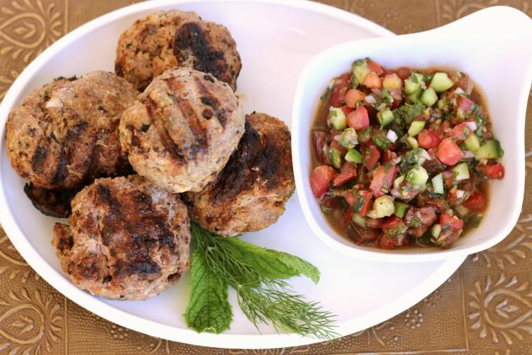 Mediterranean meatballs with salsa