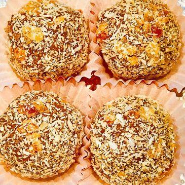 Tropical Balls- Juicy Lucys Protein snaack
