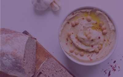 Garlic Hummus and Pita Chips