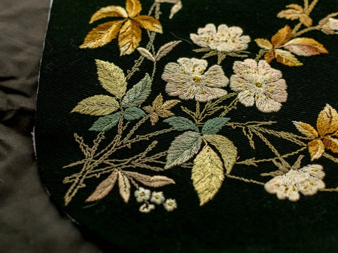 antique embroidered bag, vintage fabric at jujuvail.com