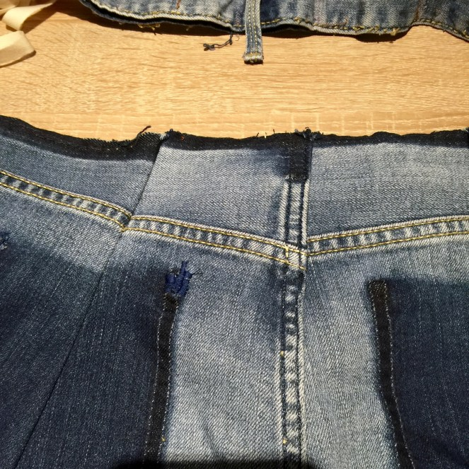 back waist jean adjustment jujuvail.com