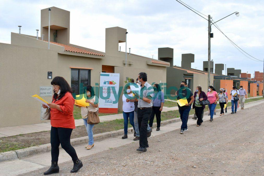 Adjudicatarios conocieron sus futuras viviendas en Palpala 1
