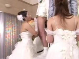神聖な結婚式で親子3代ラブラブ近親相姦★ウェディングドレスでフェラ、パイズリ、お披露目中出し