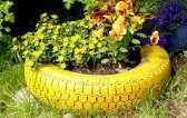 DIY Gartenideen, Gartenverschönerung selber machen, Laternen aus Aludosen, Beschriftungssteckerl für Kräuter und Co, Vertikaler Garten aus einer Palette, Gartenstecker aus alten Löffeln, Gartenstecker aus Endstücken von Vorhangstangen, Autoreifen als Blumenbeet, Trittsteine aus Betonblättern, DIY Gartenstecker, Gartenstecker selber machen, Gartenstecker aus Glasverschlüssen, Gartenwerkzeugaufbewahrung aus altem Rechen, Futterstelle aus alter Tasse, Solarlampen in Gläsern, Dekoblatt aus Beton, Löffel als Pflanzenhängeaufbewahrung