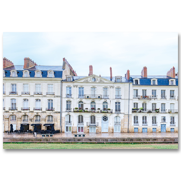 Ca penche à l'Ile Feydeau Nantes par Yvon HAZE