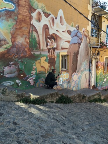There are two types of graffiti in Valparaiso: true art...
