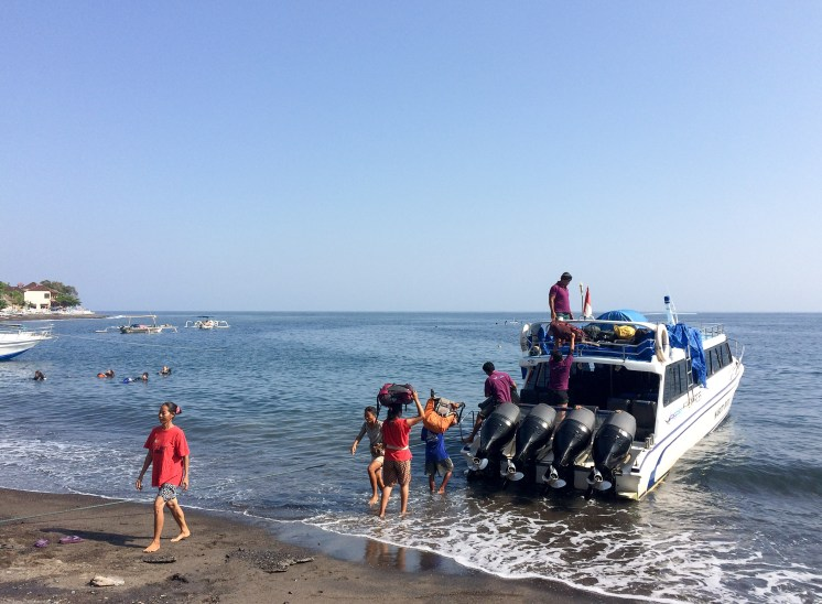 The Gili Islands are a mere 45 minutes by speedboat from Amed