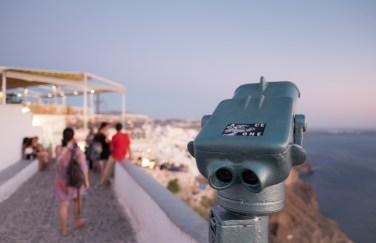 Twilight in Fira, Santorini (16mm, 1/60s, f1.4, ISO 640)