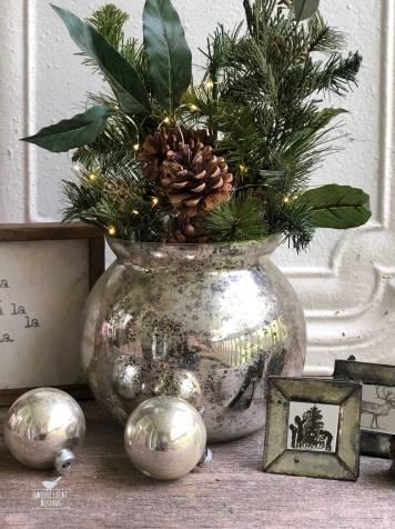 farmhouse-christmas-arrangement-1