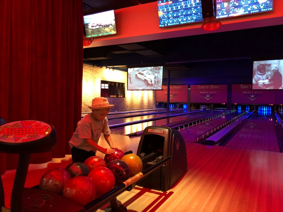 bowling, kids, Franklin Tennessee