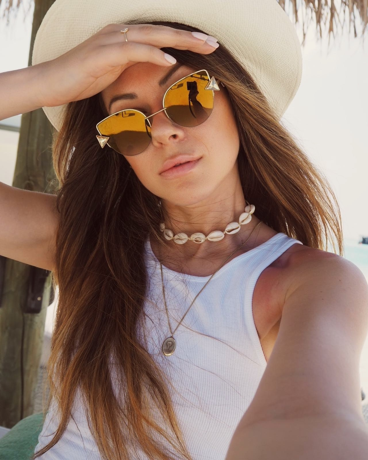white tank top outfit | Julia Lundin