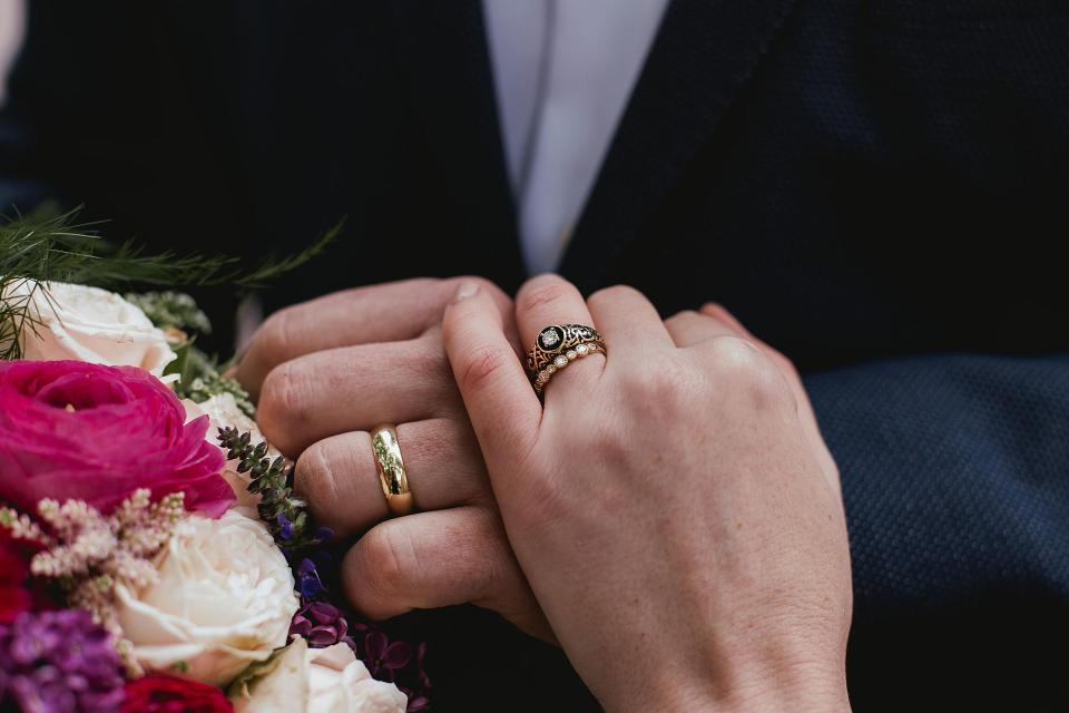Omaha Wedding; Ring Details; Florals by One & Only; Photographed by Juliana Montane Photography