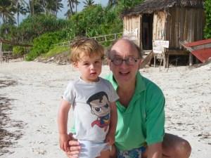 Con el abuelo Memo