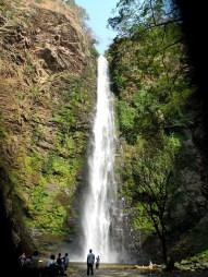 Der untere Teil des Wli-Wasserfalls