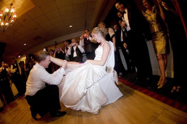 Real Wedding Garter: Alli's Patriotic Stars And Stripes