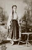 port_femeiesc_din_bucuresti_1870
