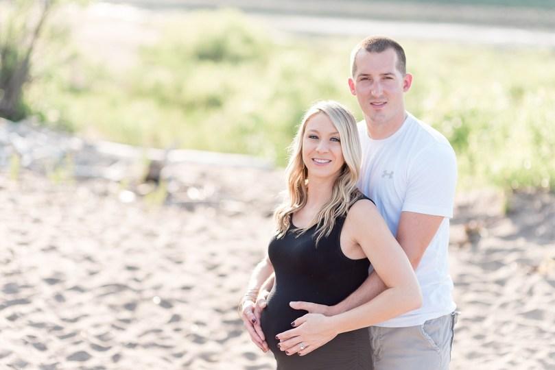 Couples maternity session Portrait