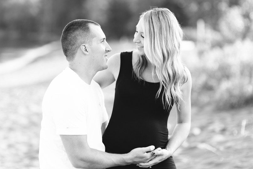 Maternity session with Lauren and Jason