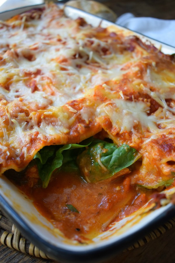 close up of the chicken and spinach lasagna
