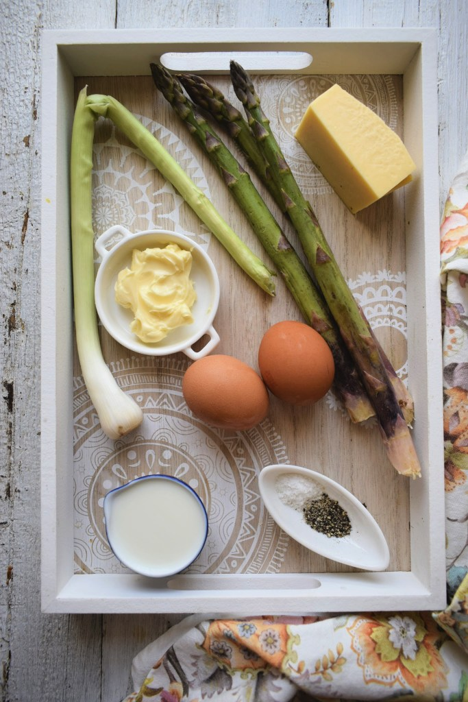 Fresh ingredients for the Spring Asparagus and Gouda Omelette