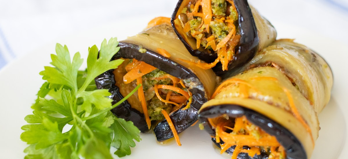 WALNUTS, CARROTS AND ROLLED EGGPLANT