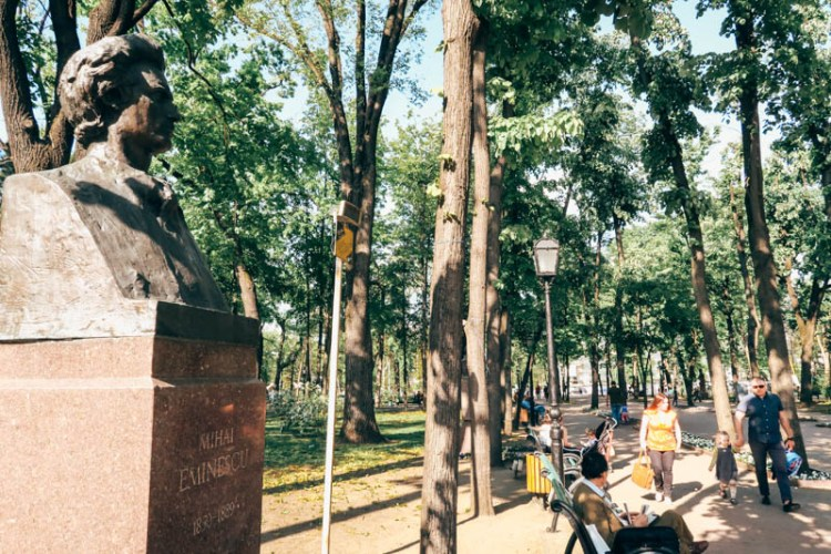How to spend 48 hours in Chisinau, Moldova Alea clasicilor mihai eminescu
