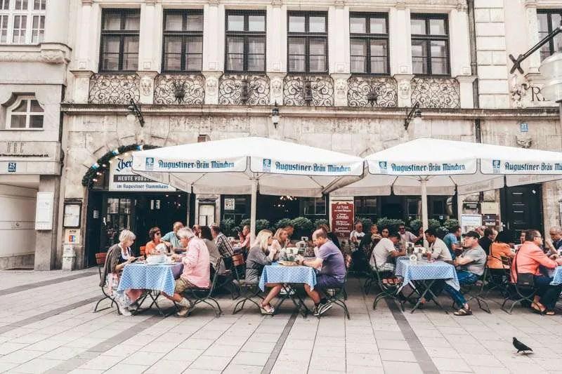 Self Guided Walking Tour To Munich Germany Juliasomething