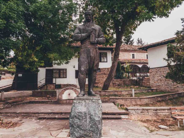Kolyo Ficheto statue Discover Dryanovo on a day trip from Veliko Tarnovo, Bulgaria