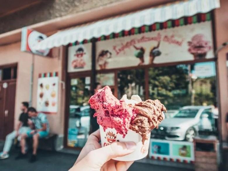 Food in Brasov: Where to eat in Brasov, Romania?