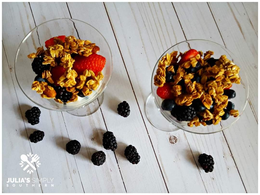 Low fat healthy fruit parfaits