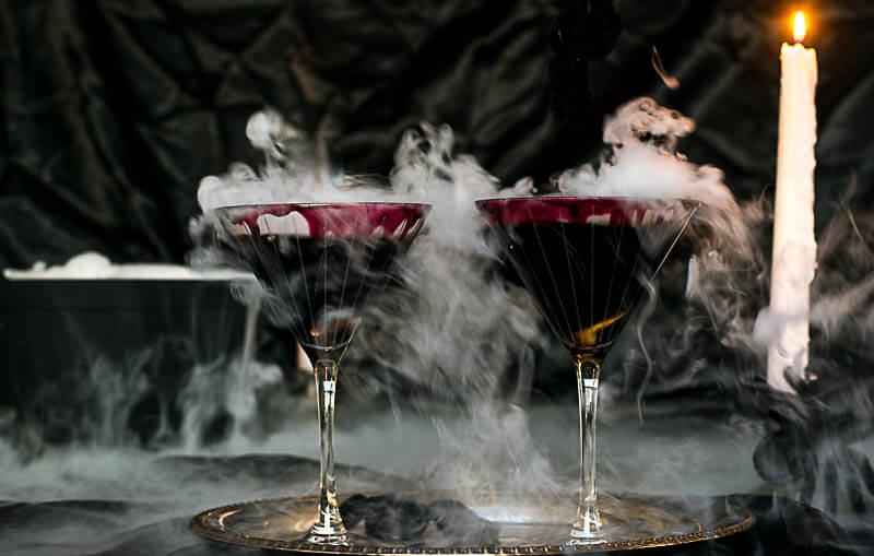 Black Widow Martini - Halloween drink
