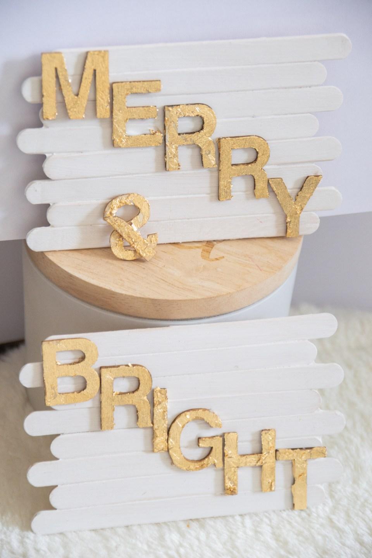 DIY basteln mit Eisstäbchen. Basteln mit Holzstäbchen und Blattgold für Weihnachten. Weihnachtsdeko basteln DIY Weihnachtsdeko Merry & Bright (24)
