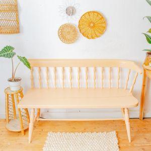 Möbel lackieren in apricot Farbe. So lackierst du deine Möbel wie ein Profi.