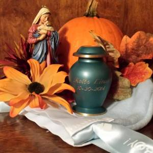 "Kolbe Linus ""The Great Pumpkin"" Cook Urn"