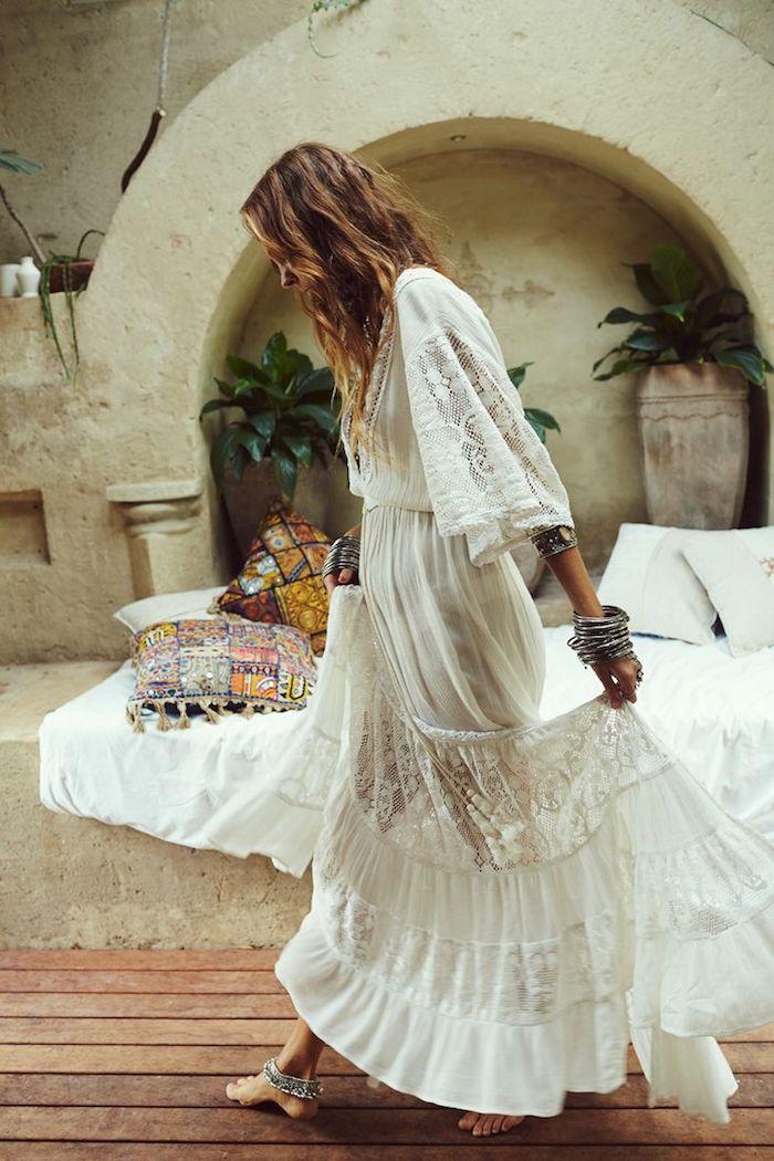 Robe longue blanche style boheme  julie bas