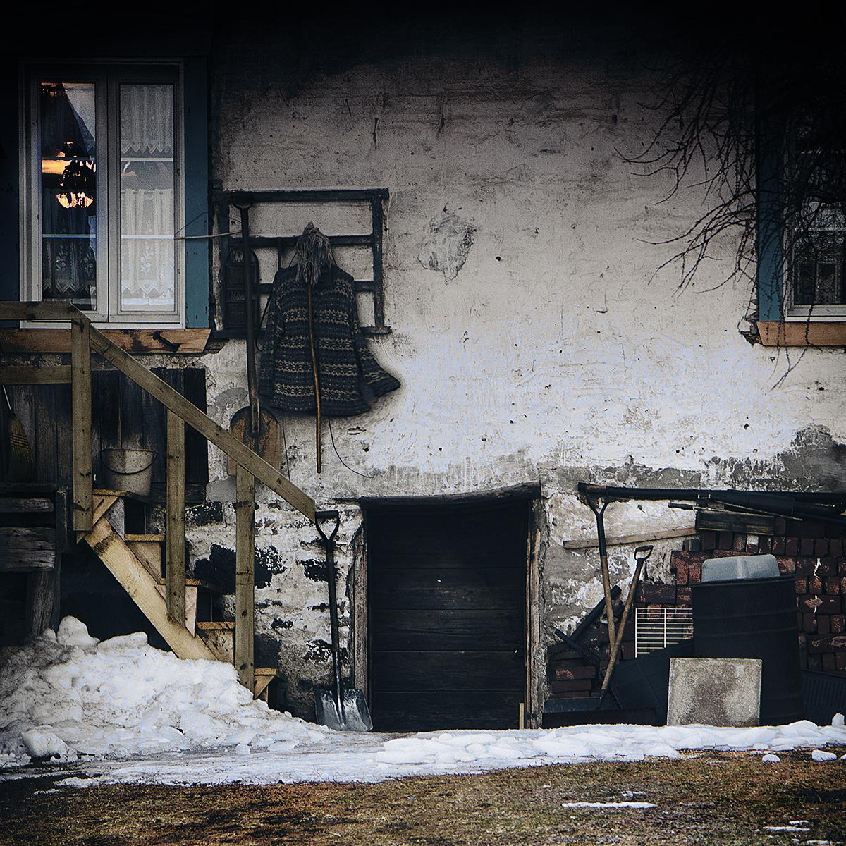 Derrière chez les vieux. ©Julie_Beauchemin
