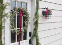 Christmas Door Decorations | Wreaths, Ribbons, Garlands ...