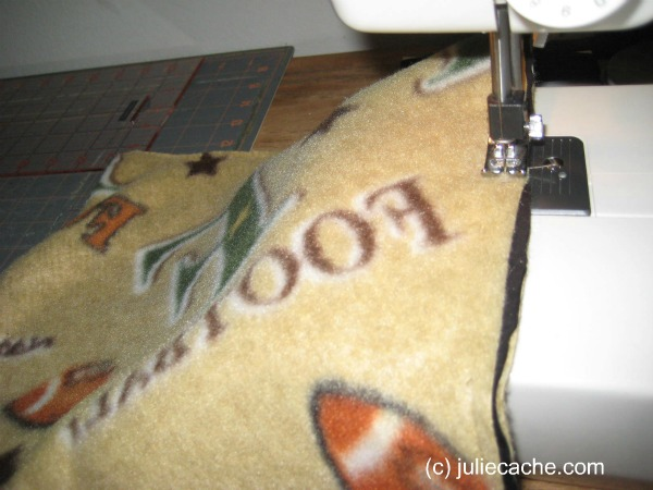 sewing fleece RST with piping between