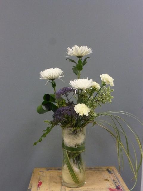 Limited_vase_arrangement