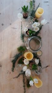 how to create a spring tablescape