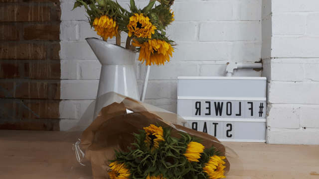 The Easy Way To Arrange Sunflowers Julie Davies Flower Workshops