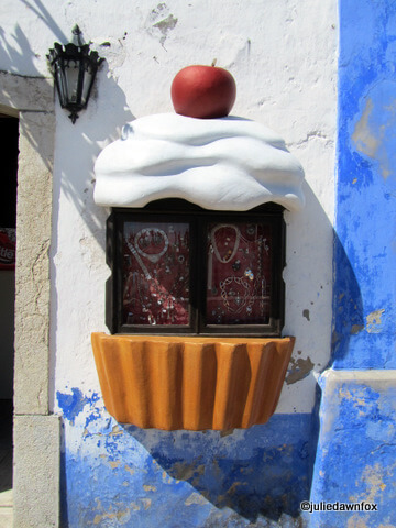 Year-round reminders of the chocolate and cherry influences in Óbidos