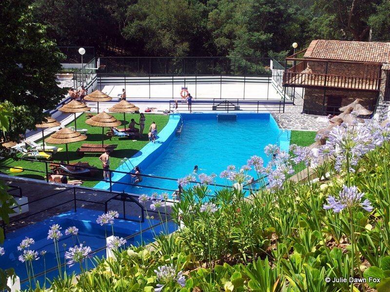 Recreio da Fraga swimming pools and football pitch, São Miguel de Poiares, Portugal