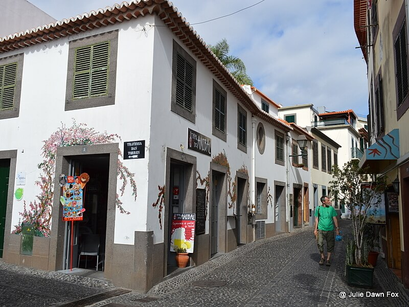 looking for a good guy who wants to have fun in madeira