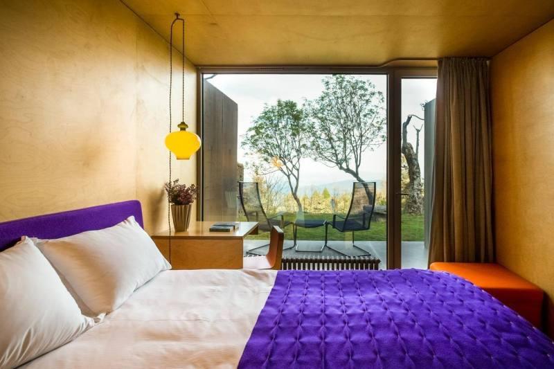 Casa das Penhas Douradas. Romantic getaway in Portugal