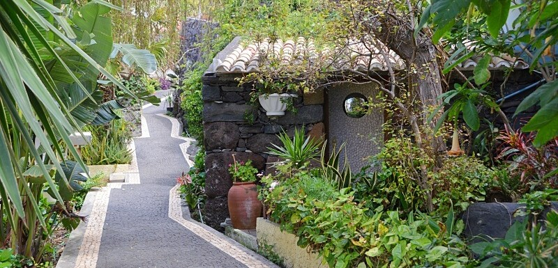 Cobbled lanes, Jardim do Mar. What to do in Madeira island